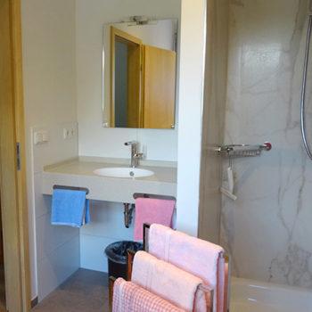 Großzügiges Badezimmer
